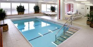 Baba-mama úszás hotel